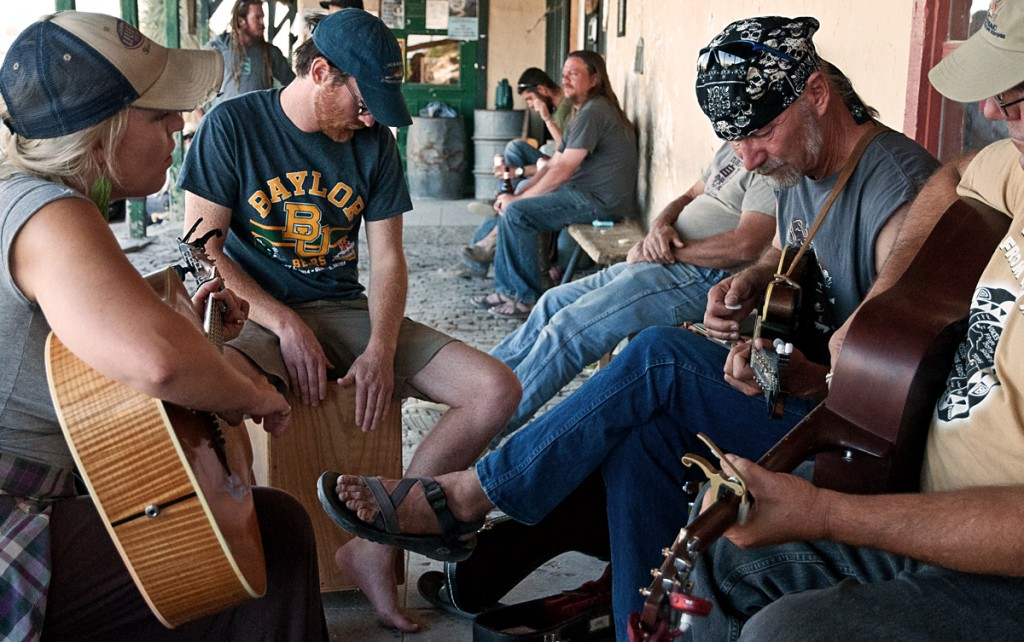Porch music in Terlingua